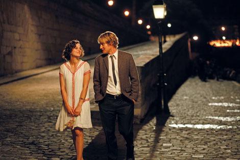"""Cena do filme """"Meia noite em Paris"""""""