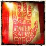 """Capa de """"Extremamente alto & Incrivelmente perto"""", de Jonathan Safran Foe"""
