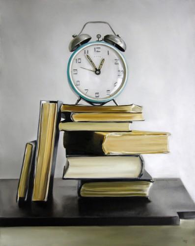 Relógio e livros
