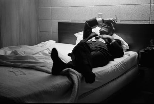 A segunda, de Truman Capote, no Kansas, em 1967 (foto de Steve Schapiro).