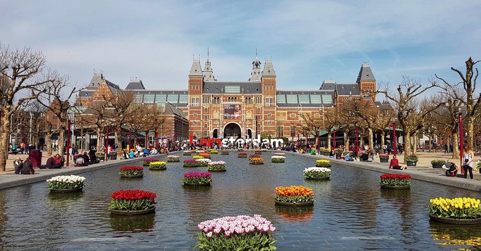 10 bibliotecas incríveis 17 - Holanda - Rijksmuseum - Foto Nataly Naumova
